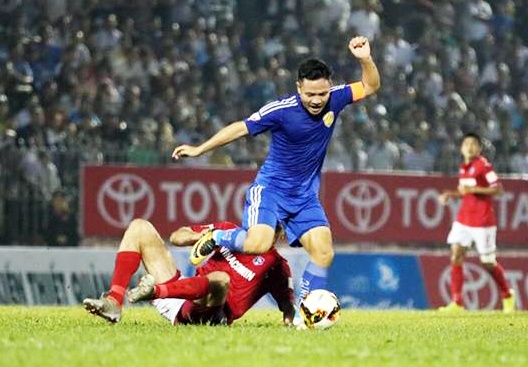 Quang Nam tien sat den ngoi vo dich V.League 2017 hinh anh 5