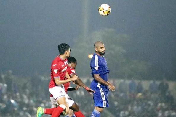 Quang Nam tien sat den ngoi vo dich V.League 2017 hinh anh 6