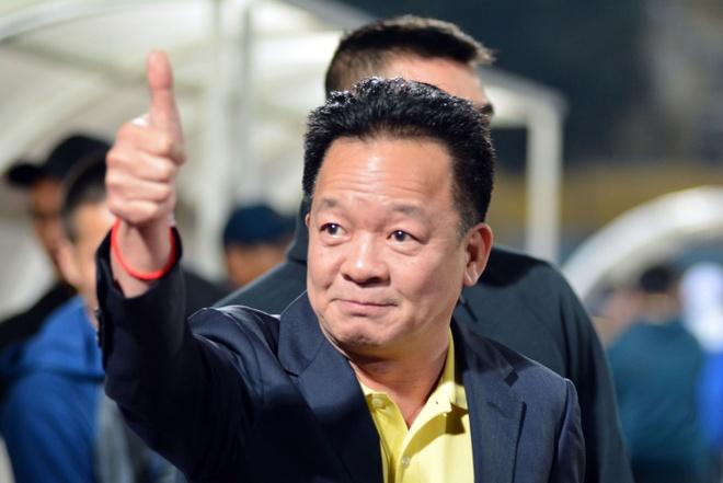 Bau Hien dong vien Quang Nam sau tran thua CLB Ha Noi hinh anh