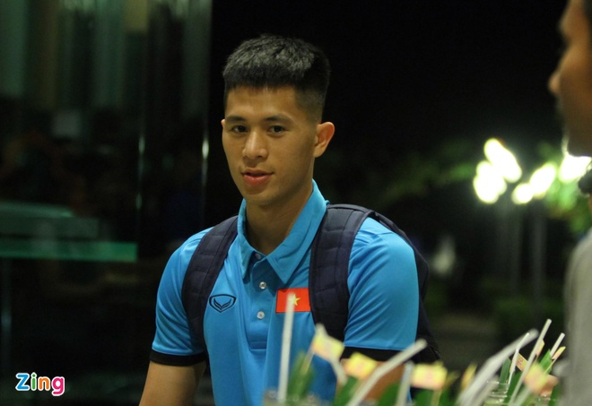 U23 Viet Nam tap nhe truoc gio an toi o Thai Lan hinh anh 2