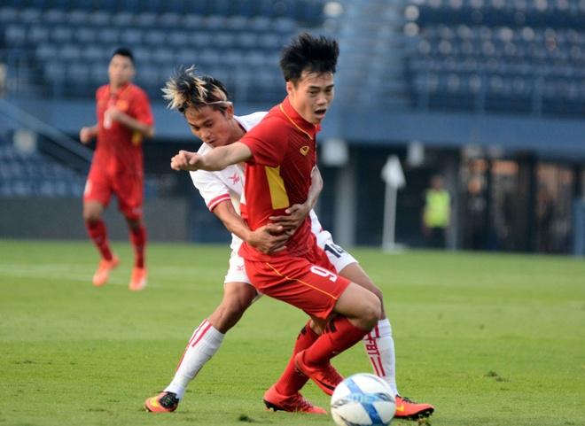 Van Toan: 'U23 Viet Nam chua van hanh tron tru so do 3-4-3' hinh anh