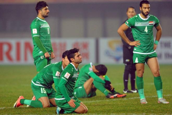 U23 Iraq bat khoc, lang nhin U23 Viet Nam an mung chien thang hinh anh