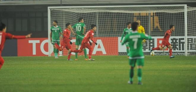 Phan Van Duc: Vi cuu tinh cua U23 Viet Nam hinh anh 2