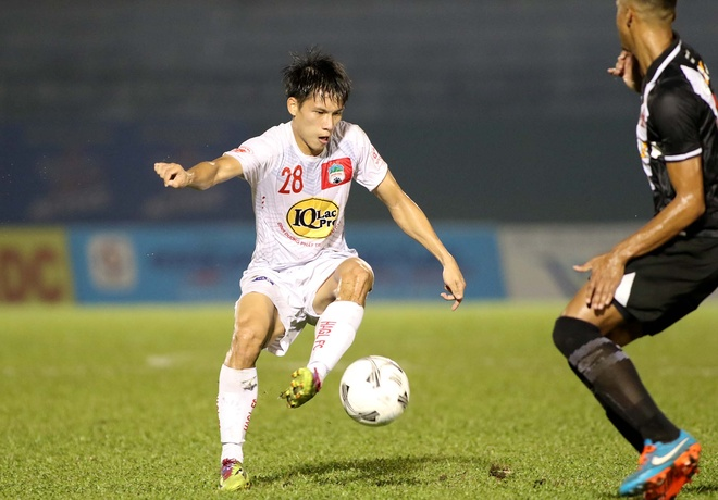 Thieu Cong Phuong, Xuan Truong, HAGL thua CLB Brazil tai BTV Cup hinh anh