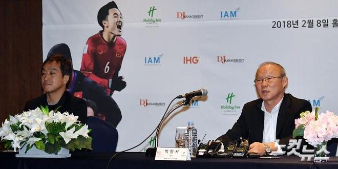 HLV Park Hang-seo: 'AFF Cup quan trong hon ASIAD' hinh anh 1