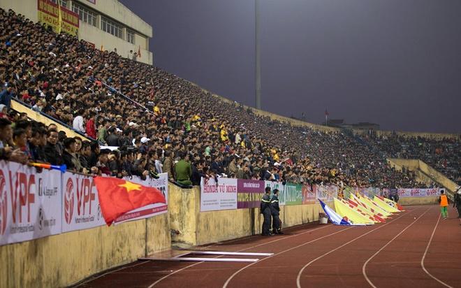 Hieu ung U23 Viet Nam giup V.League 2018 hut khan gia hinh anh