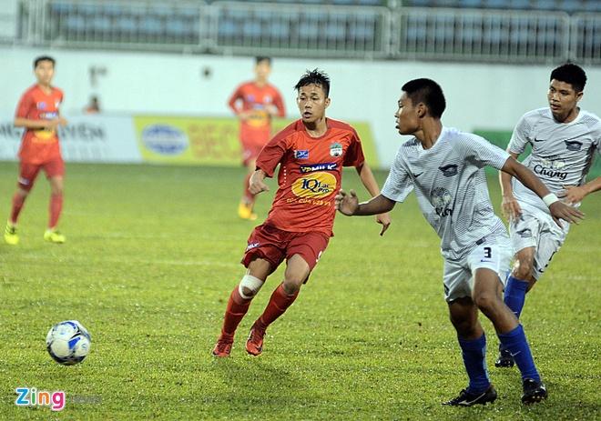 Lua U19 cua bau Duc vat va danh bai U19 Chonburi hinh anh 1