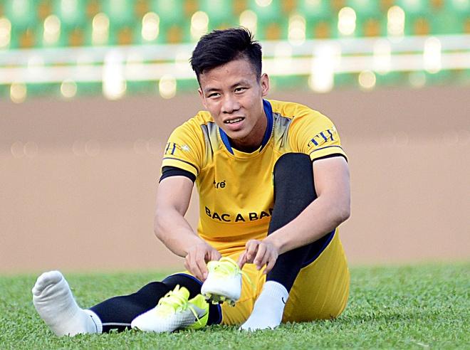 Que Ngoc Hai: 'Tren san khong co cho cho tinh cam voi Phi Son' hinh anh