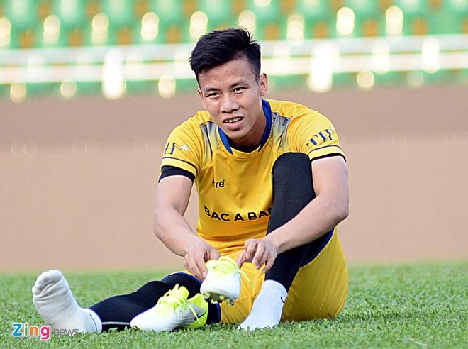Que Ngoc Hai: 'Tren san khong co cho cho tinh cam voi Phi Son' hinh anh 1