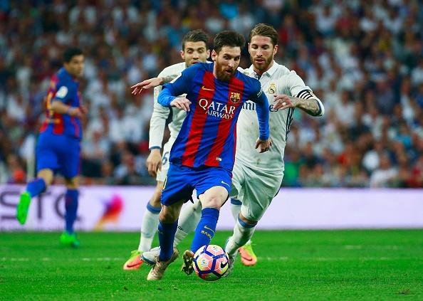 Messi - thien tai an sau hinh hai mot pham nhan hinh anh 1