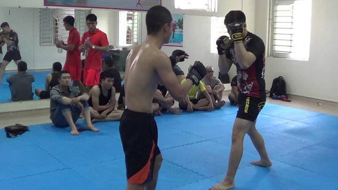 Arnaud Lepont - vo si danh tieng dong gop khong ngung cho MMA Viet Nam hinh anh 3