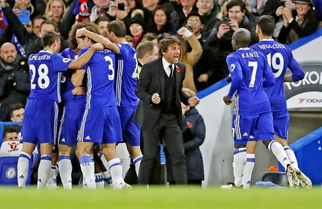 Mourinho dang co gang lua doi tat ca Manucian hinh anh 3