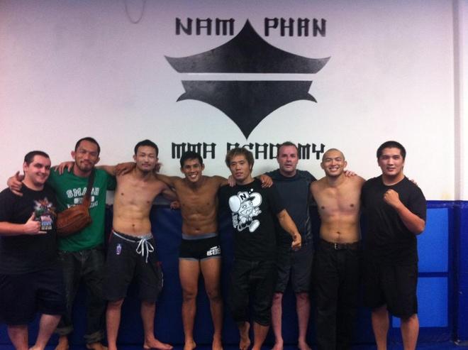 Nam Phan - nguoi tien phong mang vo Viet den UFC hinh anh 2