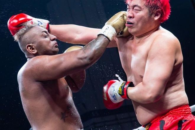 VDV the hinh thiet mang khi tham gia tran dau Muay Thai hinh anh