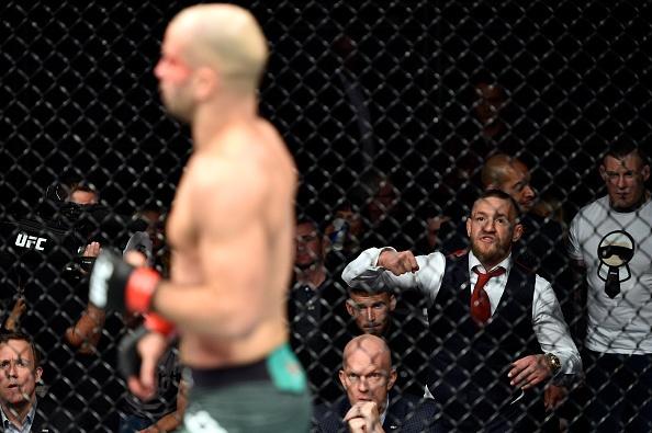 McGregor phat ngon gay soc, lam tran dau gian doan o lan tro lai UFC hinh anh 4
