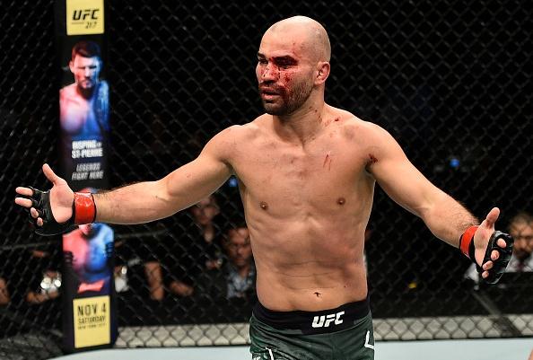McGregor phat ngon gay soc, lam tran dau gian doan o lan tro lai UFC hinh anh 8