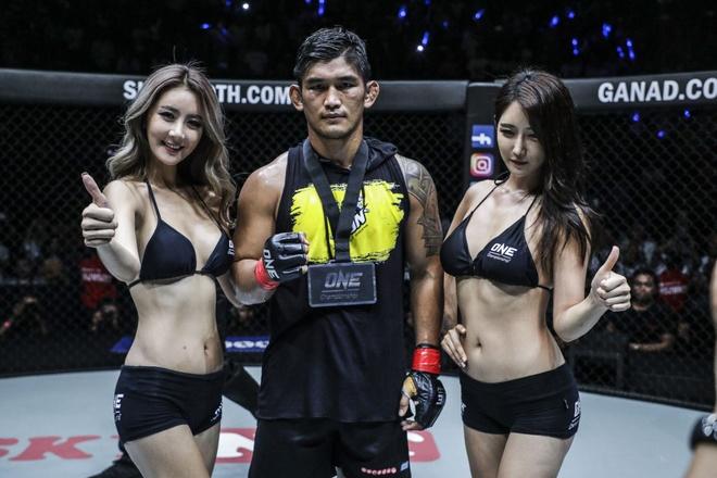 Nguoi hung Myanmar N Sang thang de o tran openweight dau tien cua ONE hinh anh 7