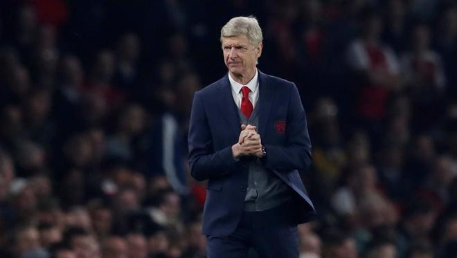 Arsenal 2-0 Tottenham: Ngay Pochettino cui dau truoc 'bac thay' Wenger hinh anh 1