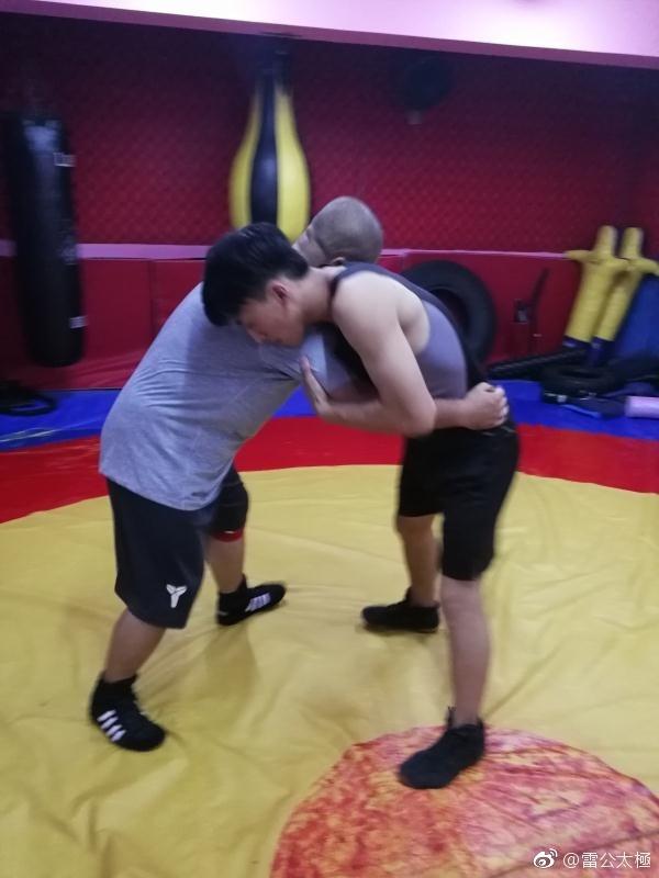 Hoc xong MMA, Nguy Loi san sang phuc thu Tu Hieu Dong hinh anh 2