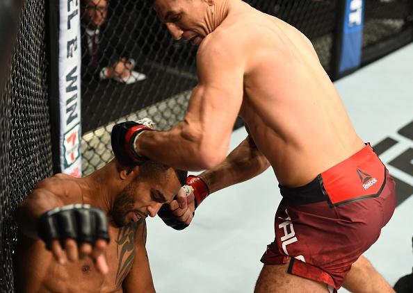 Ve si cua Neymar danh guc doi thu sau 59 giay, nhan thuong lon tu UFC hinh anh 5