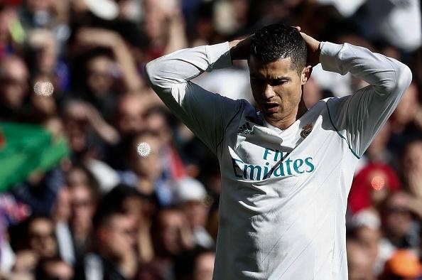 Sut hut kho tin, Ronaldo sap chim vao qua khu? hinh anh