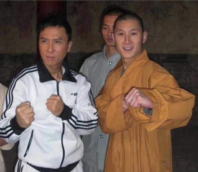 'Thanh Muay Thai' Buakaw sap dai chien voi ban cua Chan Tu Dan hinh anh 2
