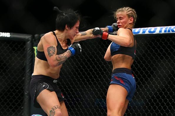 Nu vo si quyen ru nhat UFC thua tran, bi gay tay hinh anh