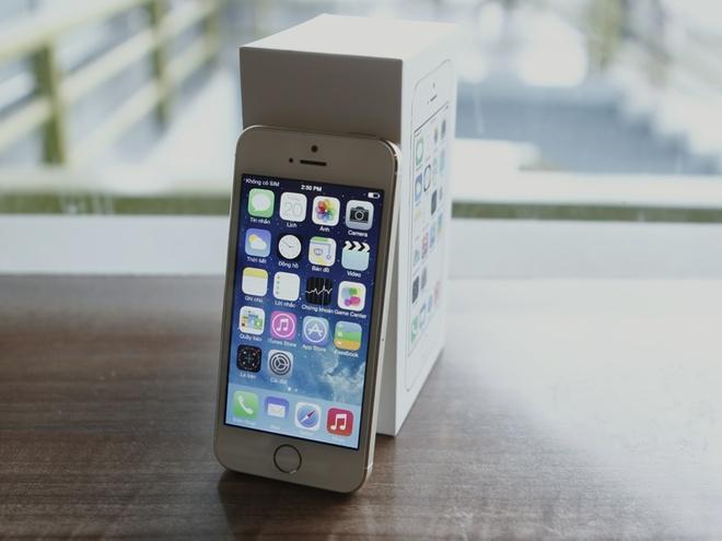 Mua iPhone 5S chinh hang bang cach nao? hinh anh