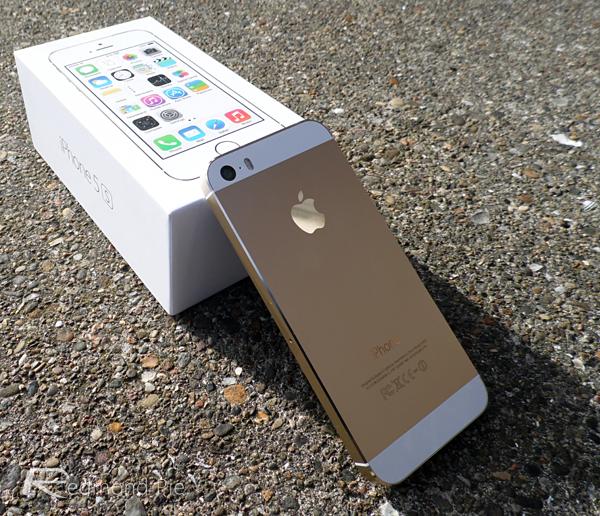 iPhone 5S 32GB mau vang chinh hang vua ban da 'chay hang' hinh anh