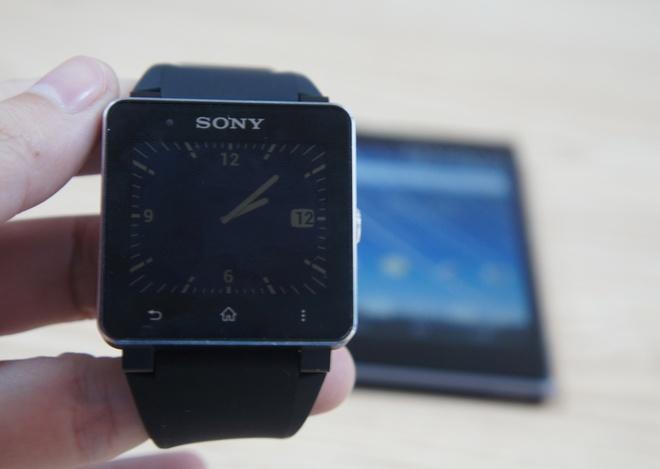 Danh gia Sony Smartwatch 2: 'Mon do choi' doc dao hinh anh 2