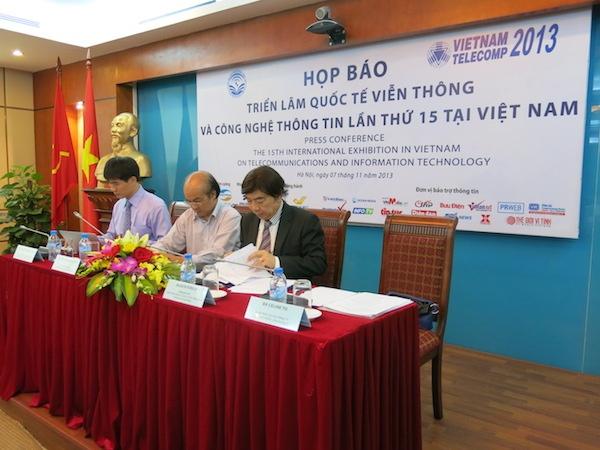 Trien lam Vietnam Telecomp 2013 khai mac ngay mai hinh anh
