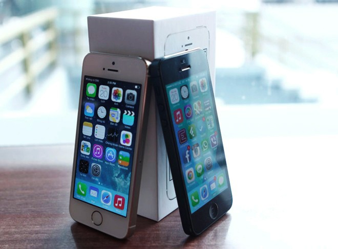 Nghich ly iPhone 5 chinh hang dat hon ca iPhone 5S hinh anh