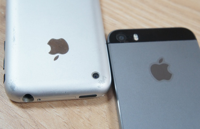 So anh chup tu iPhone 5S va iPhone 2G hinh anh