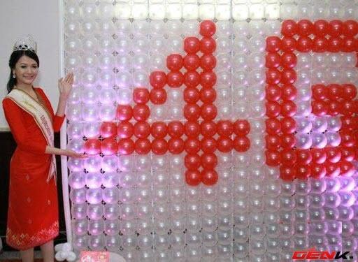 Nguoi Lao da duoc su dung mang 4G hinh anh 1 Hoa hậu Lào 2011 giới thiệu mạng 4G của nhà mạng Lao Telecom.