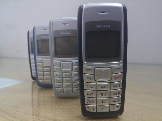 1110i là mẫu điện thoại đầu tiên của nhiều thế hệ người dùng tại Việt Nam.