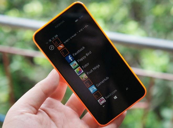 Lumia 630 - chiếc smartphone giá rẻ rất đáng chú ý của Nokia.