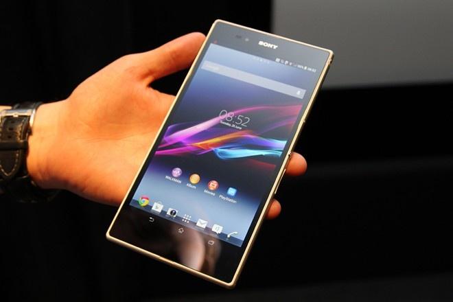 5 smartphone man hinh lon nhanh mat gia tai VN hinh anh 3