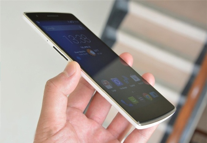 4 smartphone man hinh sieu lon gia tot tai Viet Nam hinh anh
