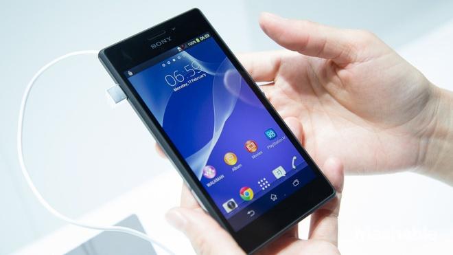 5 smartphone tam trung thiet ke dep nhat tai Viet Nam hinh anh 3