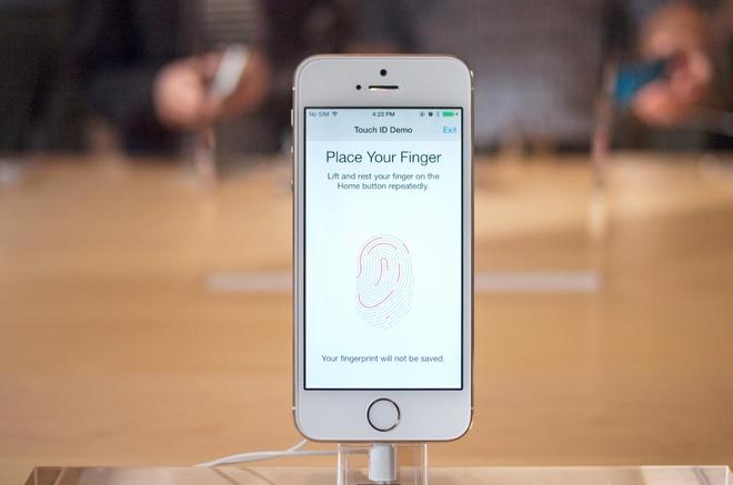 iPhone 5S tai VN gia thap ky luc truoc gio ra mat iPhone 6 hinh anh