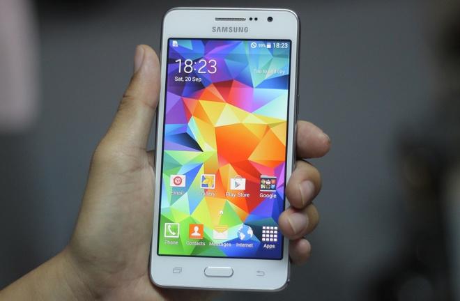 Chi tiet Galaxy Grand Prime - doi thu cua Zenfone 5 tai VN hinh anh