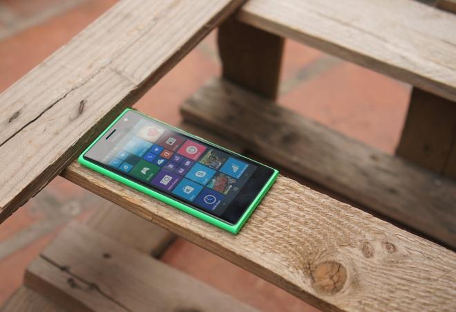 Danh gia Lumia 730: Thiet ke huyen thoai, selfie cao cap hinh anh 13