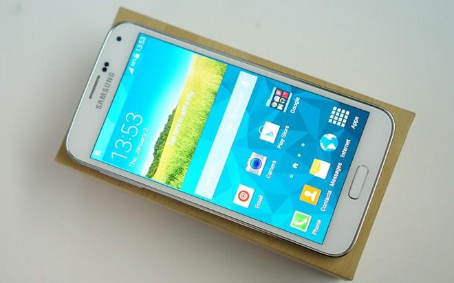 Galaxy S5 giam gia manh, con 10 trieu dong hinh anh