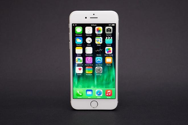 5 smartphone man hinh duoi 5 inch xin nhat tai Viet Nam hinh anh 1
