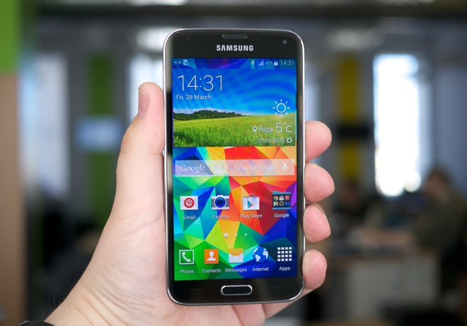 7 smartphone xach tay hot nhat gia duoi 10 trieu tai VN hinh anh 5