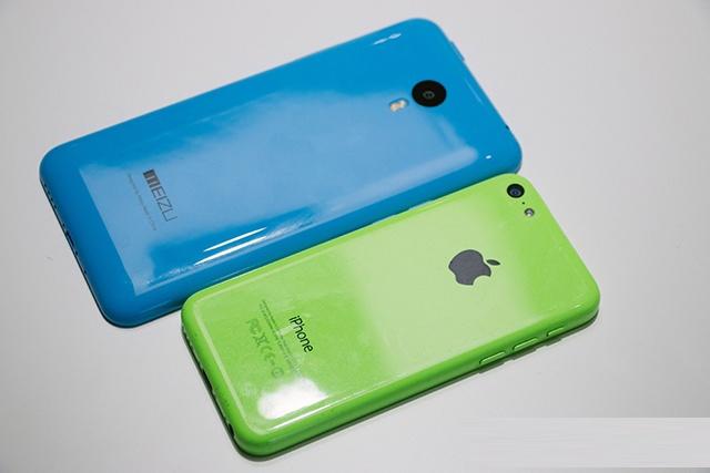 Smartphone nhai iPhone 5C gia 160 USD do dang voi ban goc hinh anh