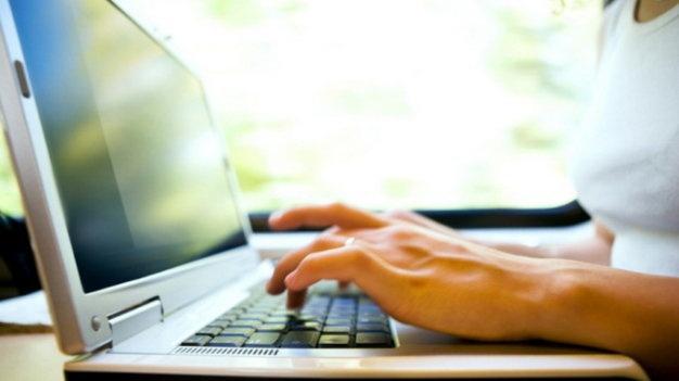 Dong cua Haivl lot top 10 su kien CNTT cua nam hinh anh 6 Website Haivl.com bị đóng cửa vĩnh viễn tại Việt Nam. Ảnh: Tuổi Trẻ.