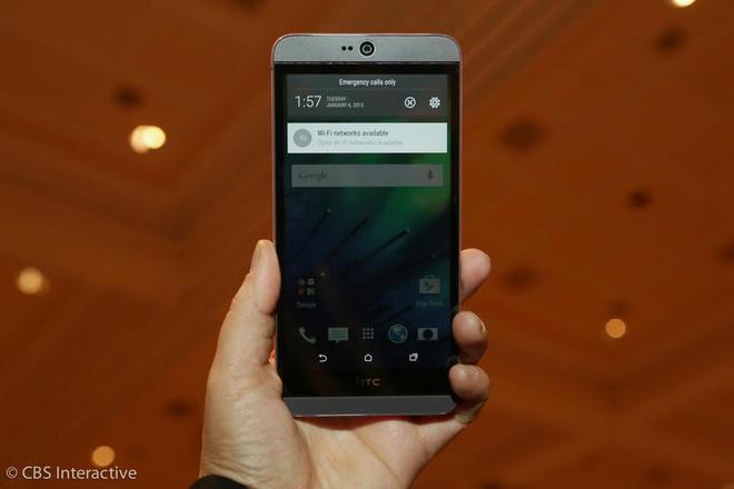 HTC Desire 826 chip 8 nhan gia 8,7 trieu dong tai VN hinh anh