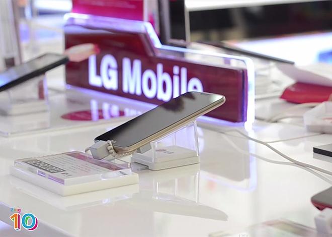 Zing 10 - Bang xep hang smartphone ban chay thang 3 hinh anh