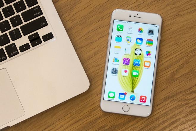 Nhung smartphone dung luong lon nhat dang ban tai VN hinh anh 1